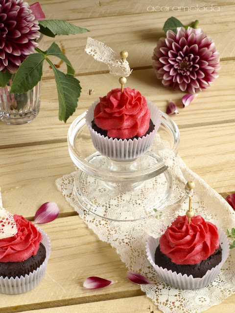 fresa y chocolate, cupcake de fresa